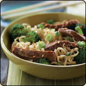 DELICIOUS CRIOLLO GRASS FED BEEF ASIAN BEEF AND BROCCOLI NOODLE BOWL